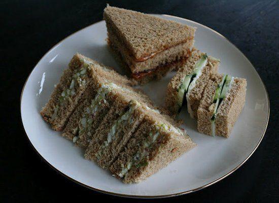 """<strong>Get the <a href=""""http://3aweek.blogspot.com/2012/03/egg-salad-tea-sandwiches.html"""" target=""""_hplink"""">Tea Sandwich reci"""