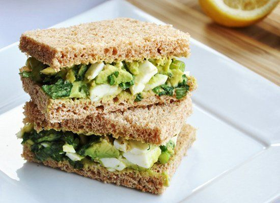 """<strong>Get the <a href=""""http://www.honeywhatscooking.com/2012/04/avocado-egg-salad-sandwich-perfect-for.html"""" target=""""_hplin"""