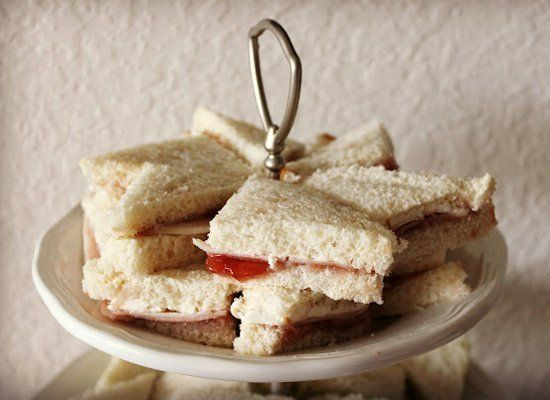 "<strong>Get the <a href=""http://www.thekitchenprepblog.com/2012/05/bocaditos-tea-sandwiches.html"" target=""_hplink"">Turkey, Cr"
