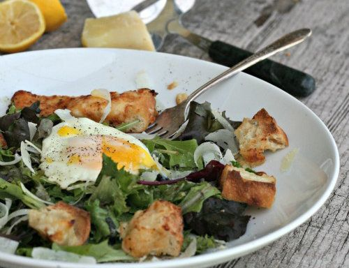 "<strong>Get the <a href=""http://familyfoodie.com/fried-egg-salad-with-onion-cheddar-cheese-croutons/"" target=""_blank"">Fried E"