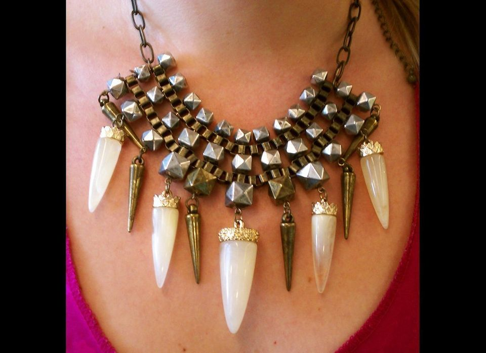 My coworker Kelly came into a meeting wearing this statement necklace and I just couldn't look away, which proves the necklac
