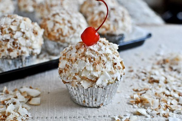 """<strong>Get the <a href=""""http://www.howsweeteats.com/2012/04/coconut-tres-leches-cupcakes/"""" target=""""_blank"""">Coconut Tres Lech"""