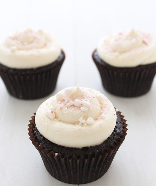 """<strong>Get the <a href=""""http://www.handletheheat.com/peppermint-mocha-cupcakes/"""" target=""""_blank"""">Peppermint Mocha Cupcakes r"""