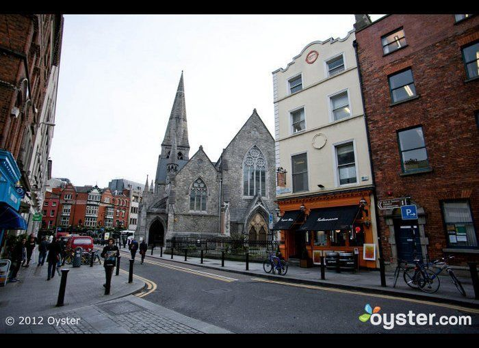 <strong>Flight Time: </strong>1 hour  Ireland's capital is a vibrant city with a small-town vibe. The relaxed atmosphere en