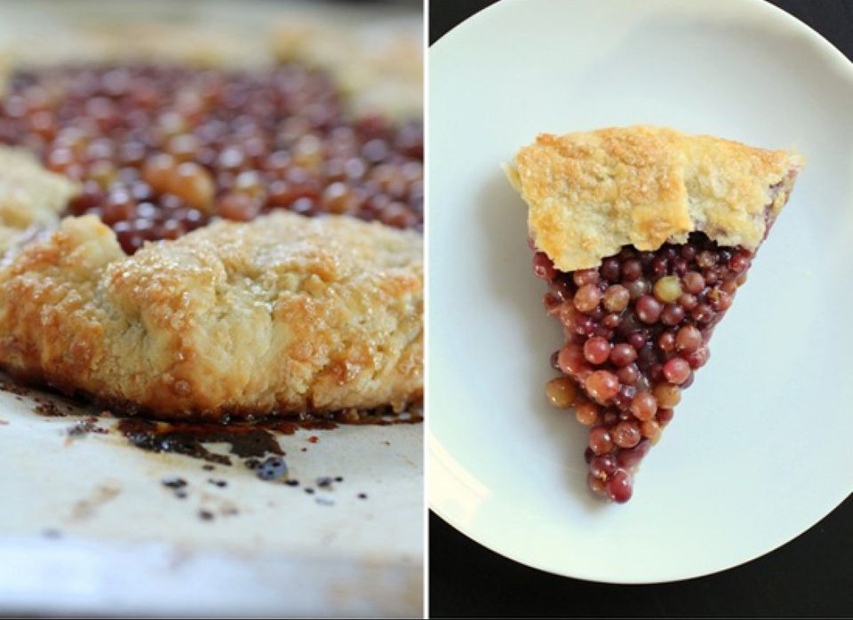 """<strong>Get the <a href=""""http://www.pepperlynn.com/2012/07/rustic-champagne-grape-galette/"""" target=""""_hplink"""">Rustic Champagne"""