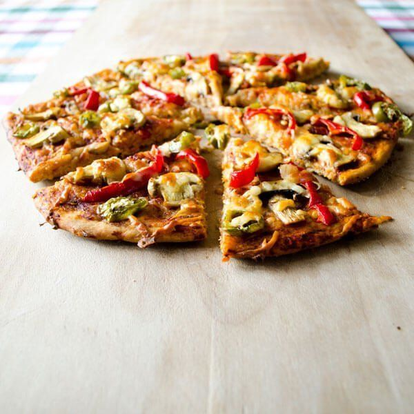 "<strong>Get the <a href=""http://www.giverecipe.com/pepper-and-mushroom-pizza.html"" target=""_blank"">Pepper and Mushroom Pizza"