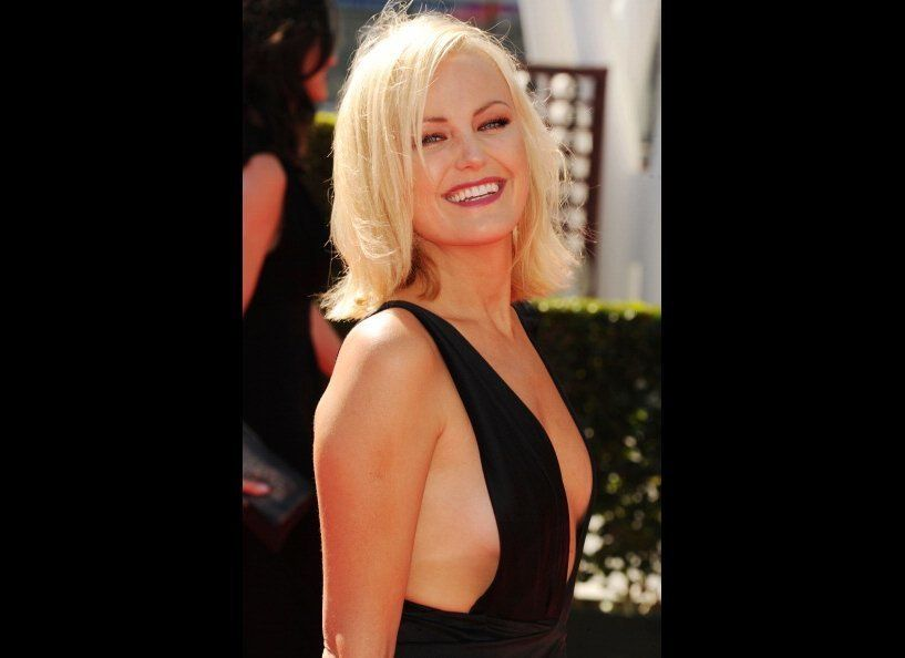 """Actress Malin Akerman is never afraid of showing a <a href=""""http://www.huffingtonpost.co.uk/2012/06/10/rock-of-ages-premiere-"""