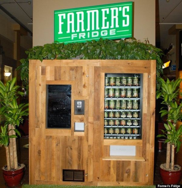 """This <a href=""""http://www.huffingtonpost.com/2014/02/07/salad-vending-machine-chicago_n_4745201.html"""" target=""""_blank"""">healthy"""
