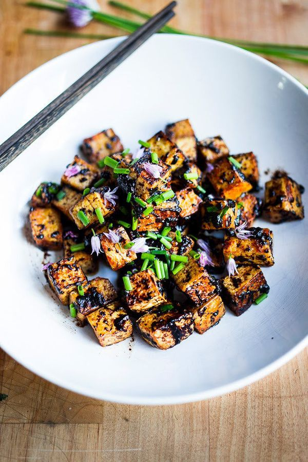 "<strong>Get the <a href=""http://www.feastingathome.com/2014/06/black-garlic-tofu.html"" target=""_blank"">Black Garlic Tofu reci"