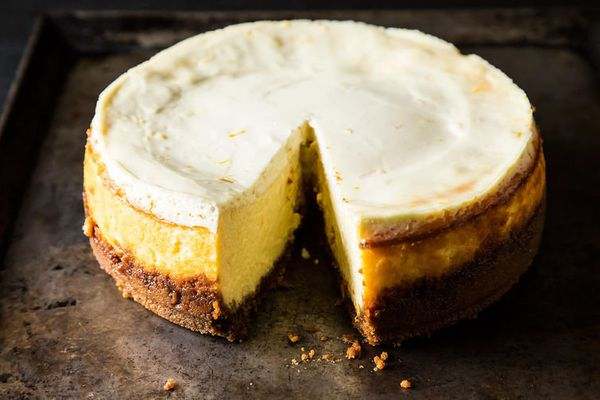 """<strong>Get the<a href=""""http://food52.com/recipes/15652-meyer-lemon-cheesecake-with-biscoff-crust"""" target=""""_blank""""> Meyer Lem"""