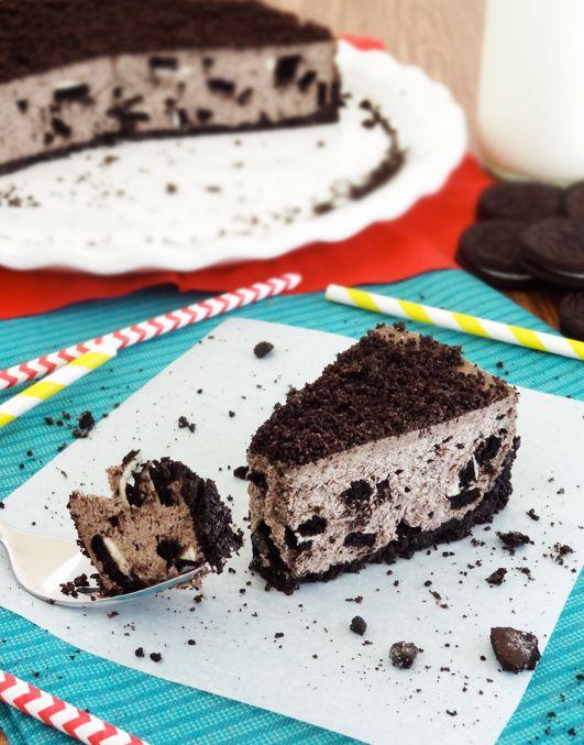 "<strong>Get the <a href=""http://www.lifeloveandsugar.com/2013/08/13/no-bake-oreo-cheesecake/"" target=""_blank"">No-Bake Oreo Ch"