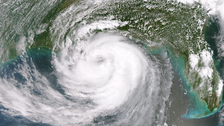 launched Suomi NPP satellite flew over Isaac, capturing this image of  ... Category:Hurricane Isaac (2012)Category:NASA VIIRS images ...