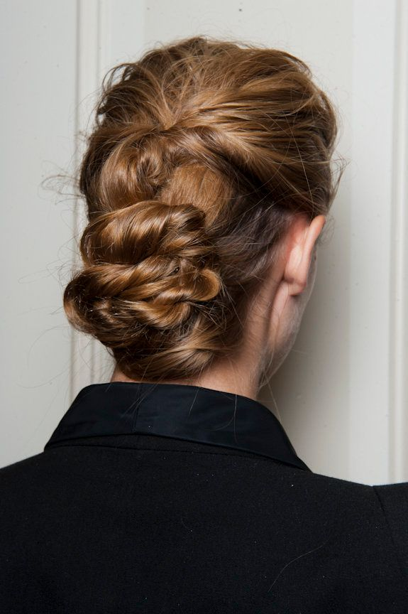 Master The Messy French Twist In Under 2 Minutes Huffpost Life