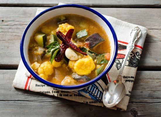 "<strong>Get the <a href=""http://www.thetiffinbox.ca/2012/08/recipeforsambhar-sambar.html"">Sambar</a> recipe from The Tiffin B"