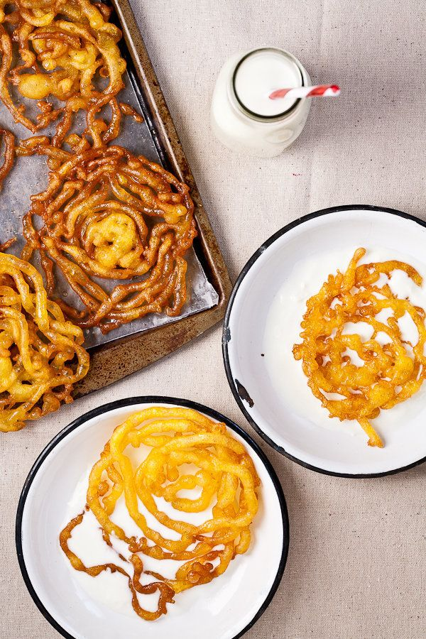 """<strong>Get the <a href=""""http://www.indiansimmer.com/2012/03/jalebi-recipe-announcing-indian-food.html"""">Jalebi</a> recipe fro"""