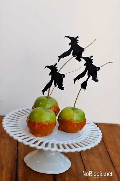 """What a perfect way to top a yummy Halloween dessert!   (Photo by <a href=""""http://www.nobiggie.net/2011/09/halloween-silhoue"""