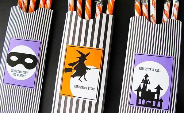 """There's nothing a tricker-or-treater loves more than a bag filled with goodies.   (Photo by <a href=""""http://designeditor.type"""