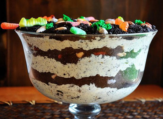 """<strong>Get the <a href=""""http://www.loriesmississippikitchen.com/2010/11/dirt-cake.html"""">Dirt Cake recipe</a> by Mississippi"""