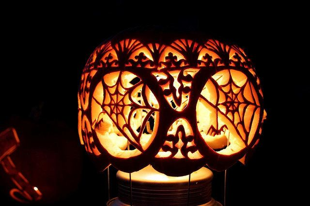31 Pumpkin Carving Ideas For Overly Ambitious People (PHOTOS) | HuffPost  Life