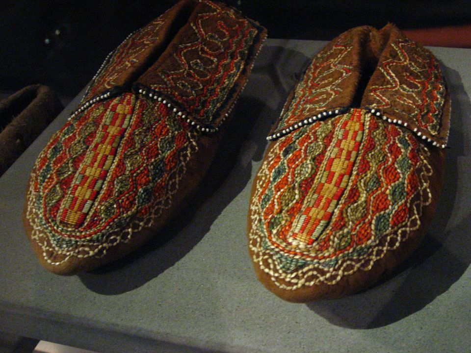 "Do some sole searching at the <a href=""http://www.batashoemuseum.ca"" target=""_hplink"">Bata Shoe Museum</a> with some 10,000 p"