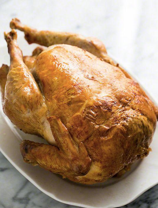 "<strong>Get the <a href=""http://www.simplyrecipes.com/recipes/moms_roast_turkey/"" target=""_blank"">Classic Roast Turkey recipe"