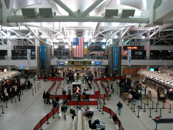 Category:John F. Kennedy International Airport Terminal 1 Category:Airport interiors in the United States Category:Taken with Canon Digital ...