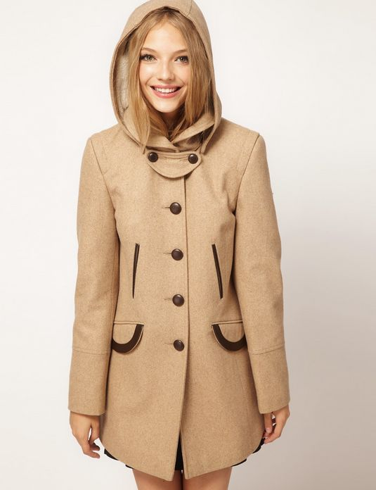 """<a href=""""http://us.asos.com/countryid/2/ASOS-Fold-Over-Collar-Coat-With-Hood/ykoun/?iid=2122371&MID=35719&affid=2135&WT.tsrc="""