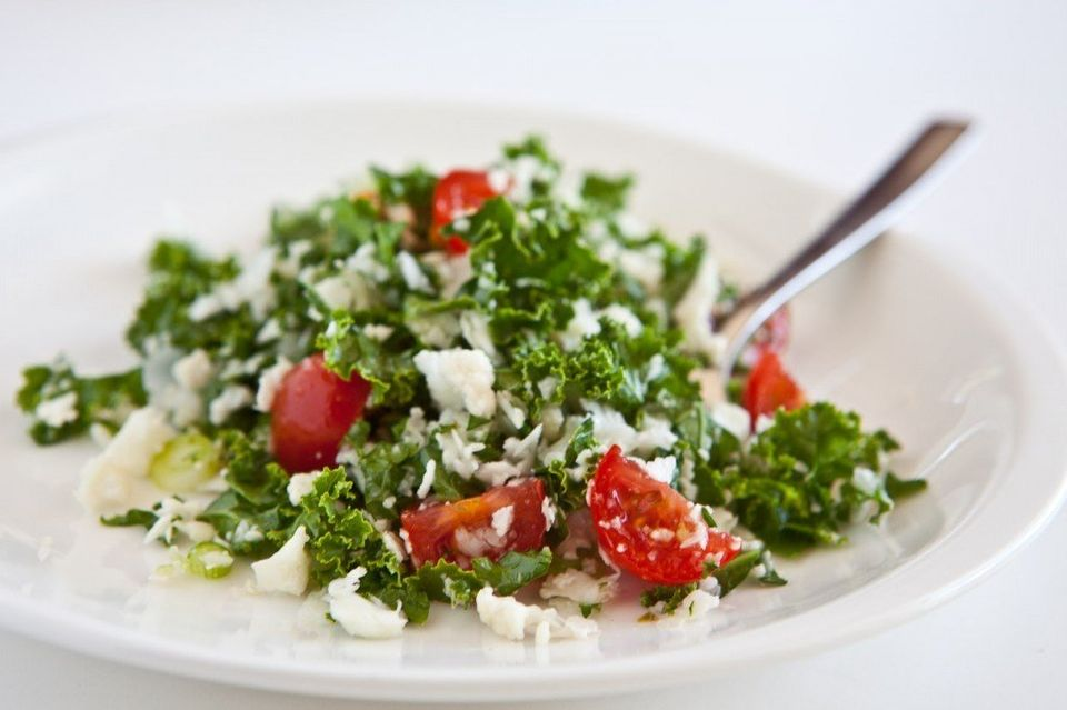 "<strong>Get the <a href=""http://www.steamykitchen.com/10666-cauliflower-tabouli-kale-salad.html"">Cauliflower and Kale Salad r"
