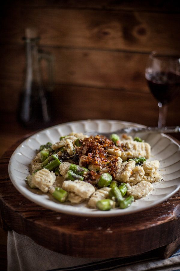 """<strong>Get the <a href=""""http://www.adventures-in-cooking.com/2013/06/toasted-sage-gnocchi-with-sauteed.html"""" target=""""_blank"""""""