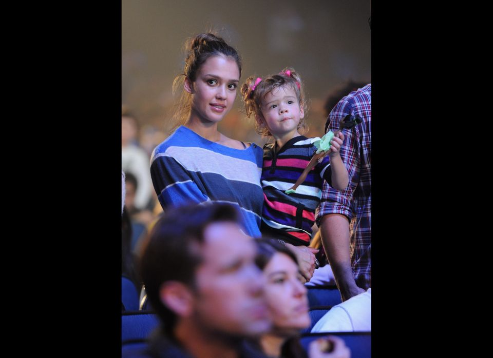 LOS ANGELES, CA - NOVEMBER 27:  Actress Jessica Alba and daughter Honor Warren attend Yo Gabba Gabba! Live! There's A Party I