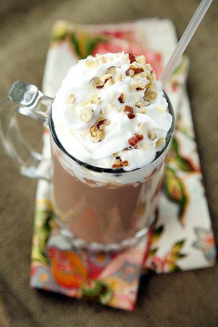 "<strong>Get the <a href=""http://www.apronstringsblog.com/vegan-hot-chocolate-recipe-veagn-whipped-cream-recipe/"">Vegan Coconu"