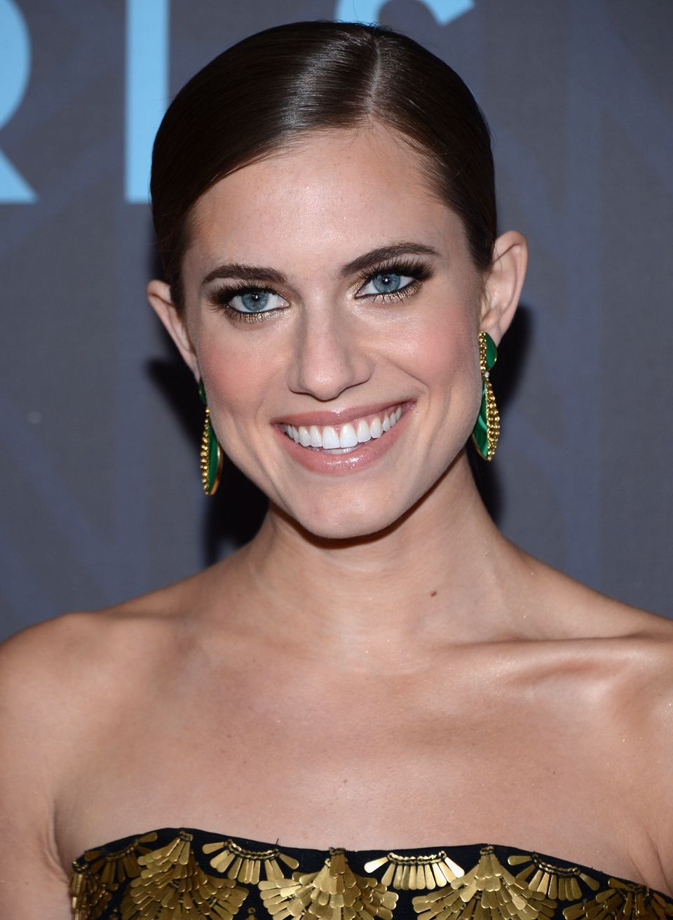 HBO's <em>Girls</em> has been praised for its portrayal of flawed young women, but natural beauty Allison Williams put forth