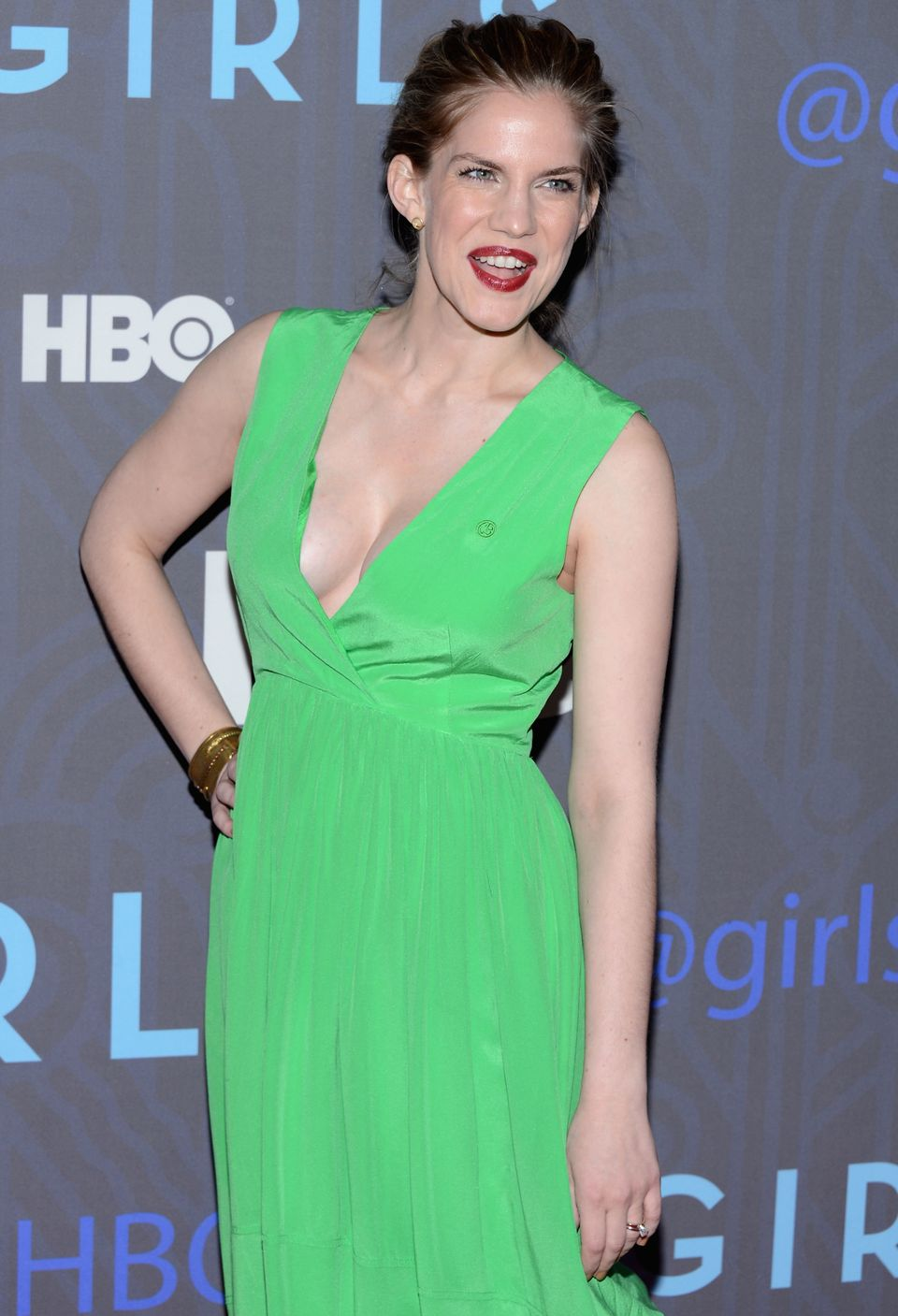 """""""My Girl"""" meets """"Girls!"""" Thanks to this dress's plunging neckline, actress Anna Chlumsky's 'girls' almost made an appearance"""
