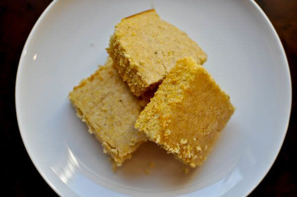 "<strong>Get the <a href=""http://www.howsweeteats.com/2010/10/fluffy-delicious-cornbread/"">Fluffy Cornbread recipe</a> by How"