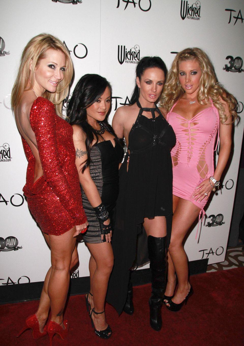 Avn Awards Pre-Party Brings Showcases Porn Stars Fashion Sense Photos  Huffpost Life-3859