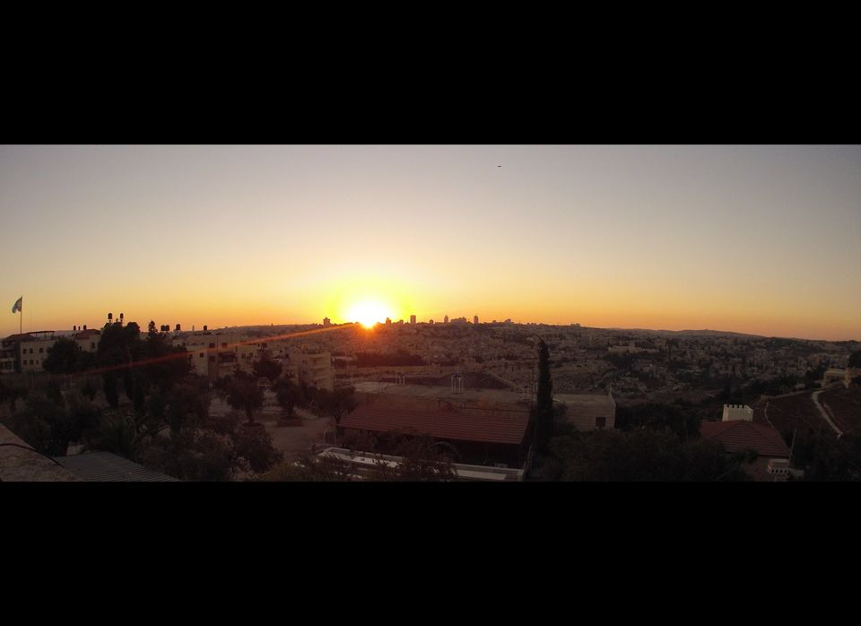 """The view over the old city of Jerusalem from the <a href=""""http://www.mtolives.com/"""" target=""""_hplink"""">Mount of Olives Hotel</a"""