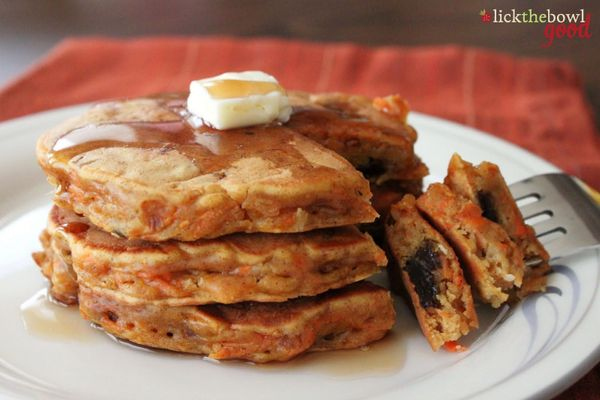 "<strong>Get the <a href=""http://lickthebowlgood.blogspot.com/2012/01/carrot-cake-pancakes-adapted-from-picky.html"">Carrot Cak"