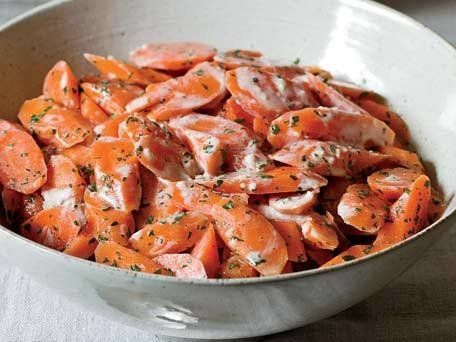 "<strong>Get the <a href=""http://www.huffingtonpost.com/2011/10/27/carrots-with-tahini-dress_n_1059611.html"">Carrots with Tahi"
