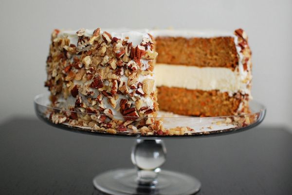 "<strong>Get the <a href=""http://www.beantownbaker.com/2011/04/carrot-cake-and-cheesecake-cake.html"">Carrot Cake and Cheesecak"