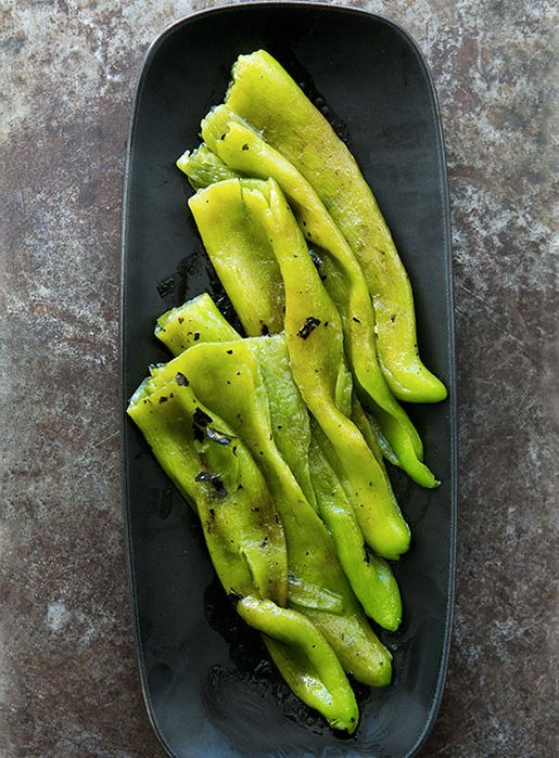 """<strong>Get the <a href=""""http://www.simplyrecipes.com/recipes/roasted_green_chiles_in_a_light_vinaigrette/"""" target=""""_blank"""">R"""