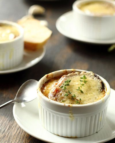 "<strong>Get the <a href=""http://www.willcookforfriends.com/2012/05/classic-french-onion-soup-mon-petit.html"">French Onion Sou"