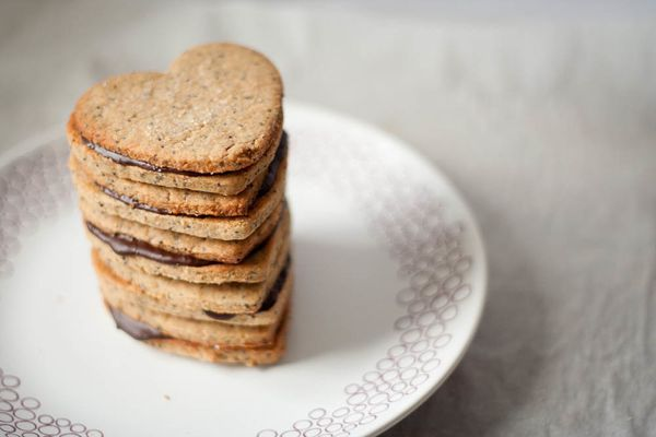"<strong>Get the <a href=""http://butteredup.blogspot.com/2012/02/brown-sugar-sandwich-cookies.html"">Brown Sugar Sandwich Cooki"