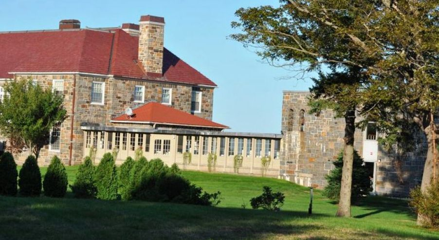 """Located in a stone mansion on the scenic Massachusetts coast, the <a href=""""https://easternpoint.org/"""">Jesuit-run retreat cent"""