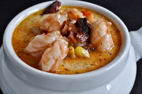 """<strong>Get the <a href=""""http://www.howsweeteats.com/2011/08/fresh-corn-chowder-with-barbecue-shrimp/"""" target=""""_blank"""">Fresh"""