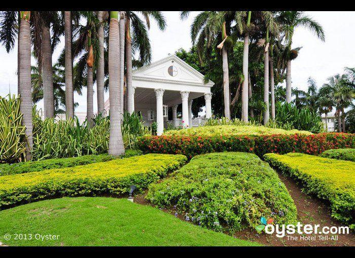 "<strong>Stay: <a href=""http://www.oyster.com/jamaica/hotels/half-moon/"" target=""_hplink"">Half Moon, Jamaica</a></strong>  D"