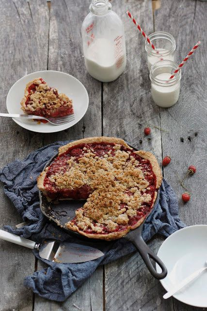 """<strong>Get the <a href=""""http://alwayswithbutter.blogspot.ca/2011/09/strawberry-skillet-pie.html"""">Strawberry Skillet Pie reci"""