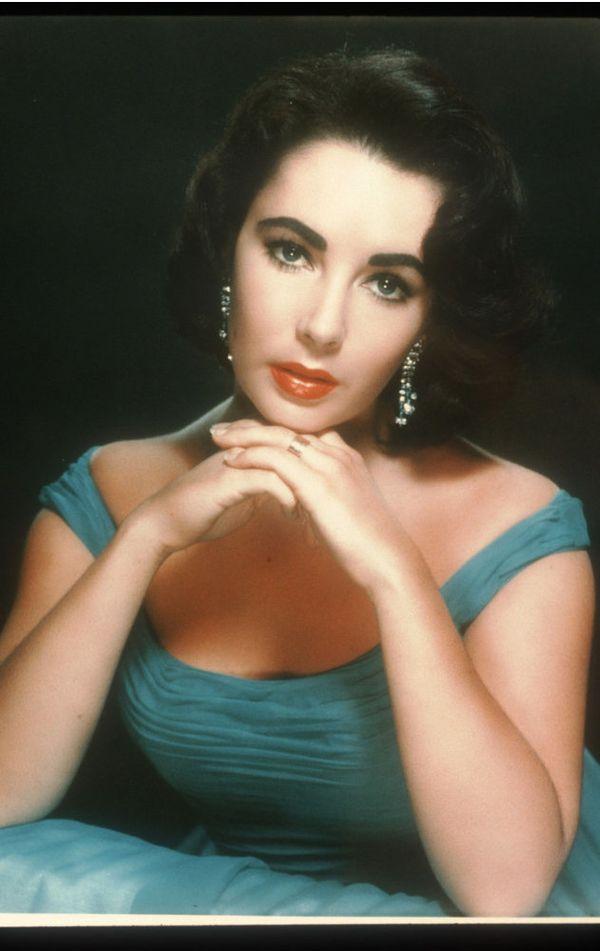 "Elizabeth Taylor <a href=""http://fora.mtv.ca/2013/06/the-evolution-of-lipstick/"" target=""_blank"">loved her red lipstick so mu"