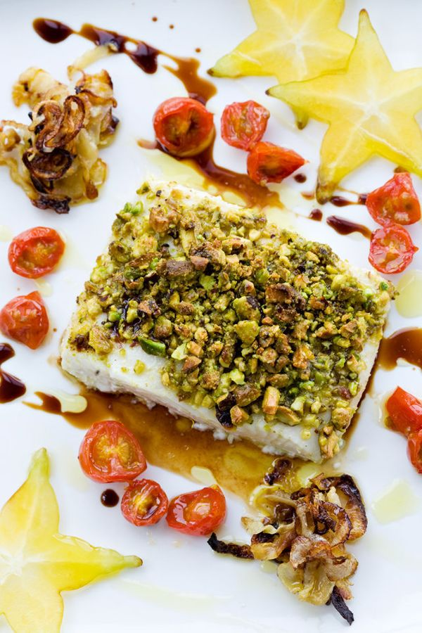 "<strong>Get the <a href=""http://www.tartineandapronstrings.com/2013/02/17/pistachio-crusted-halibut-with-fennel-balsamic-gast"