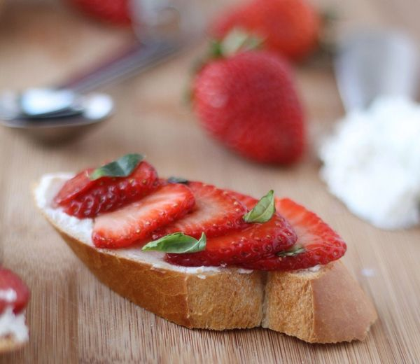 "<strong>Get the <a href=""http://www.cookingforkeeps.com/2013/02/06/balsamic-strawberry-goat-cheese-crostini/"">Balsamic Strawb"