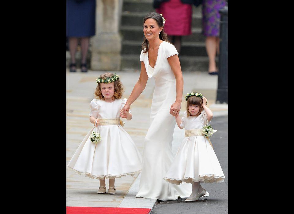 Prince William Kate Middleton S Wedding Photos Huffpost Life